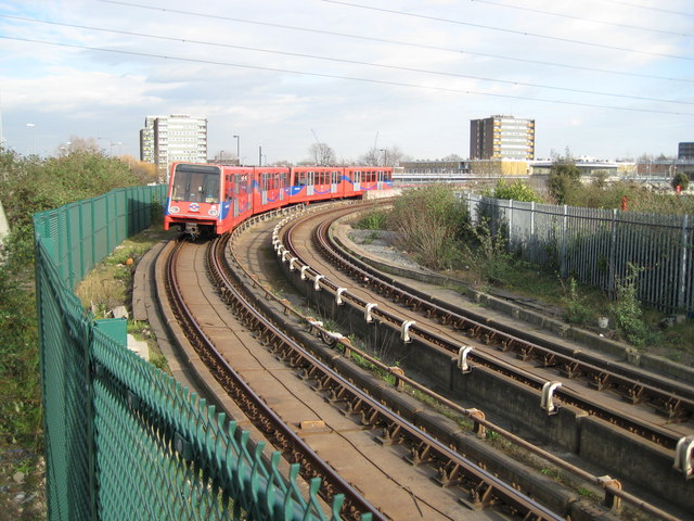 Canning Town: Docklands Light Railway