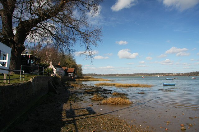 Pin Mill foreshore