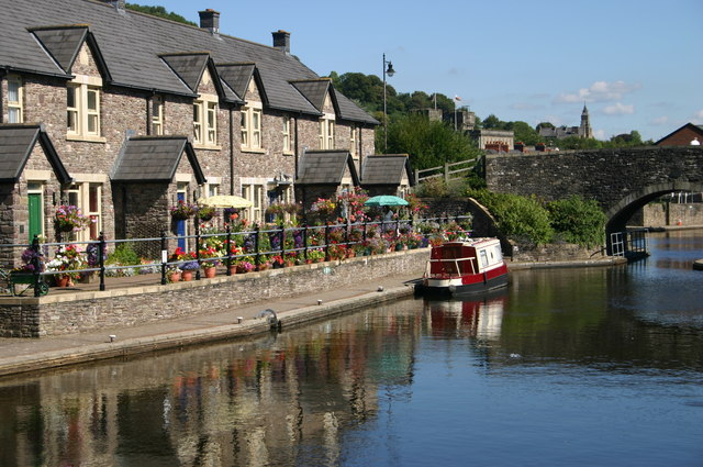 Monmouthshire and Brecon canal basin