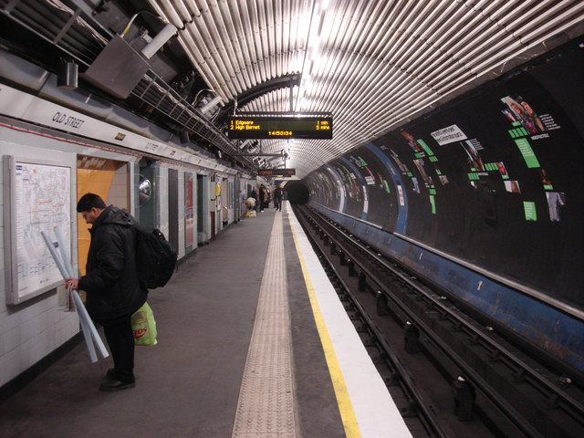 Old Street tube station, Northbound Northern line platform