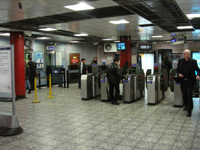 Old Street tube station, ticket office