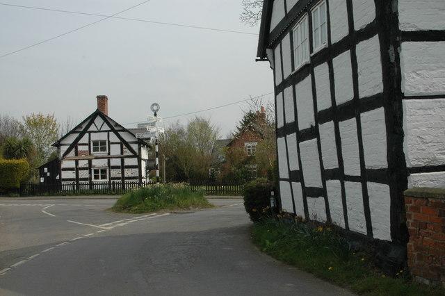 Junction at Upton Magna