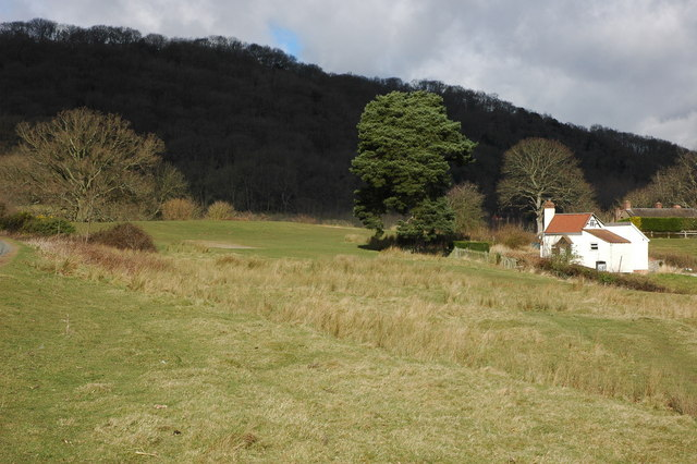 Small cottage at Hollybush