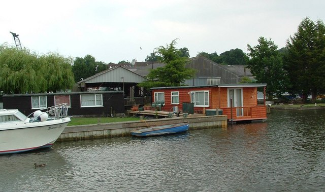 Houseboats, Brundall