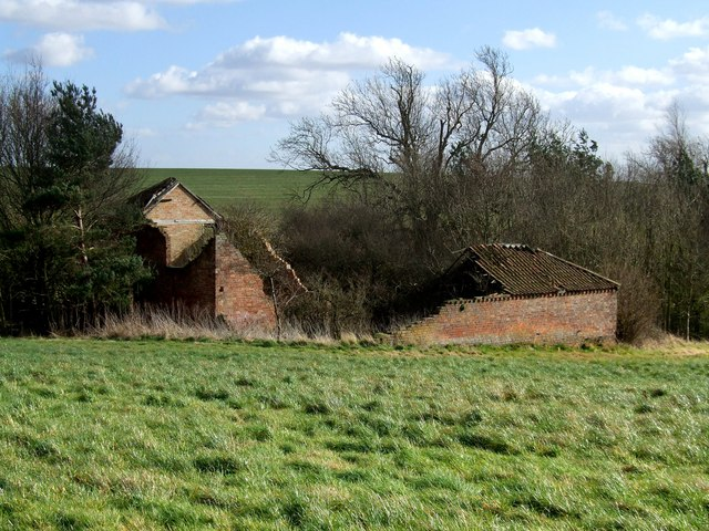Derelict building on Hungry Hill