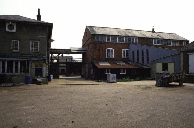 Webbs Tannery, Combs