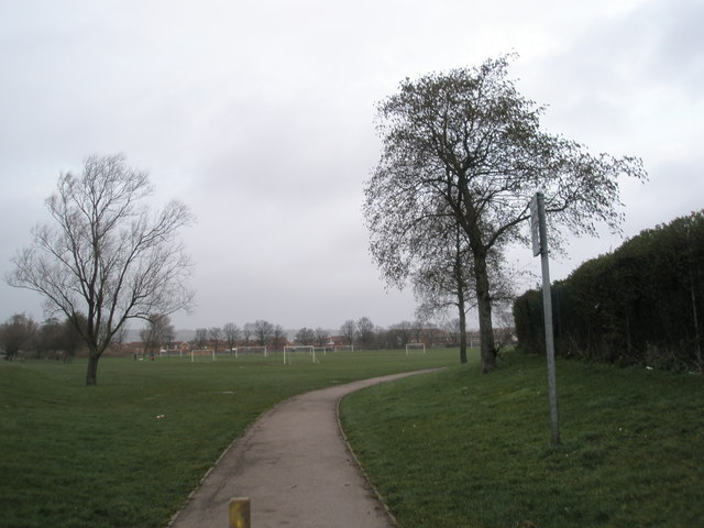 Path behind Alexandra Park Stadium