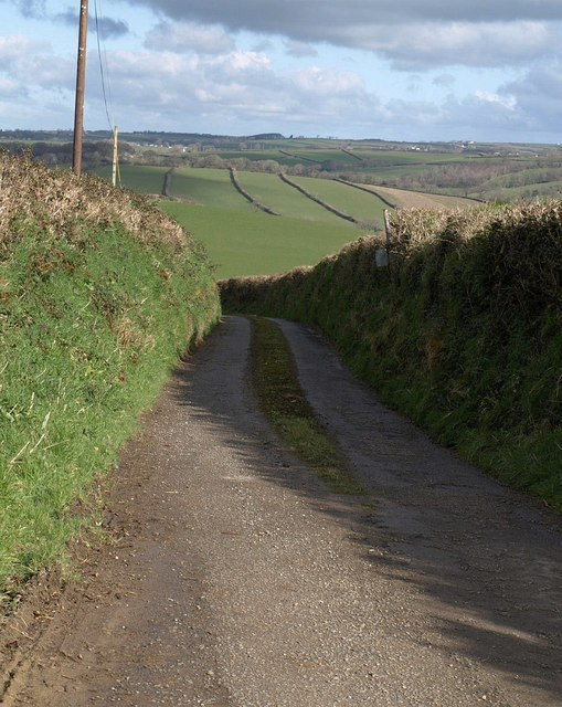 Lane to Trebeath