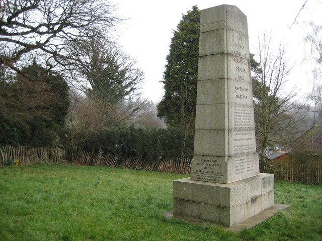Amersham: The Martyrs Memorial (2)