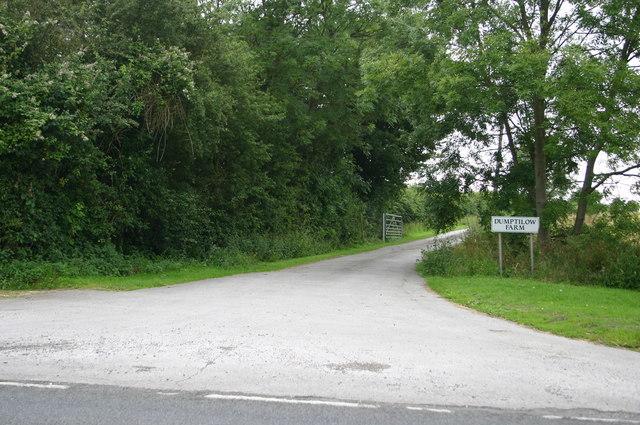 Dumptilow Farm entrance