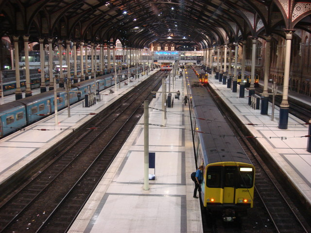 Liverpool Street Station from Exchange Square (2)