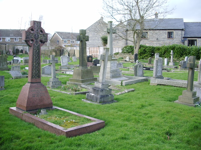 Parish Church of St Wilfrid, Pool-in-Wharfedale, Graveyard
