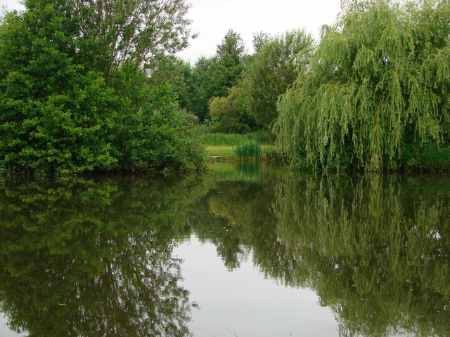 Lake at Nell Bridge nr Banbury