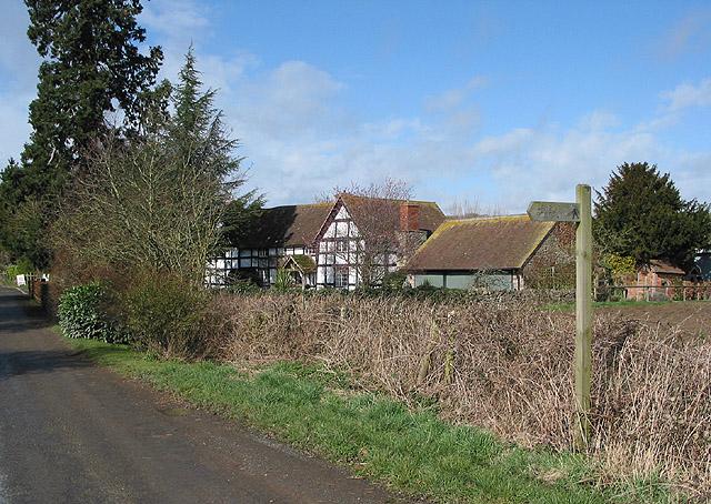 Footpath sign near Terrace Farm