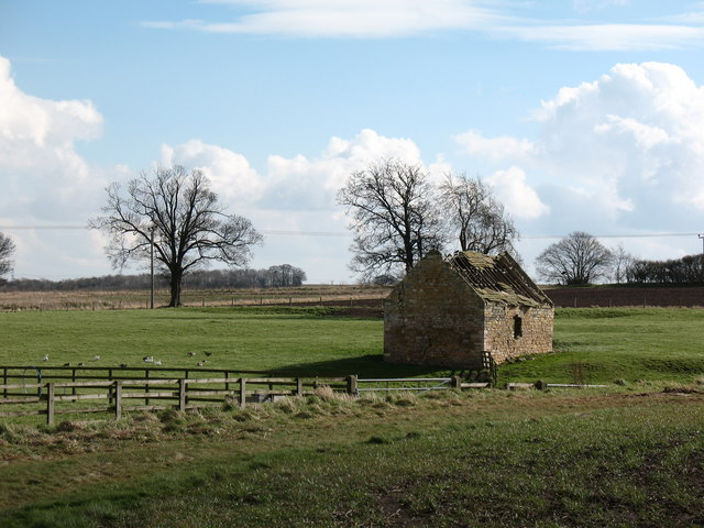 Derelict barn at Toulson