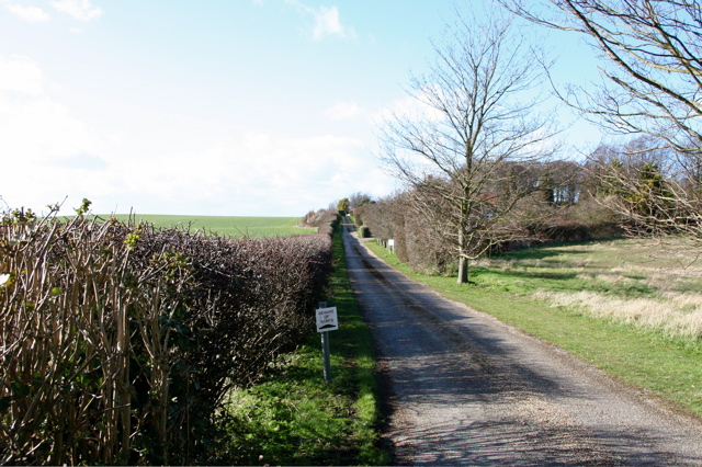 Lane leading to Middlefield