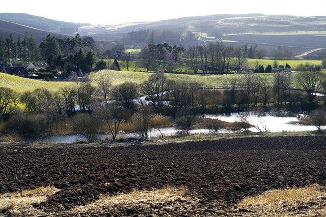 Bowstard Loch, Lindores