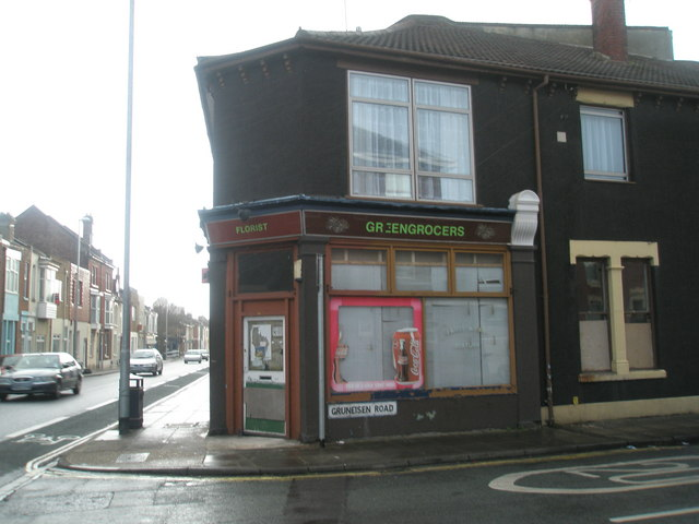 Disused shop in Gruneisen Road, Stamshaw