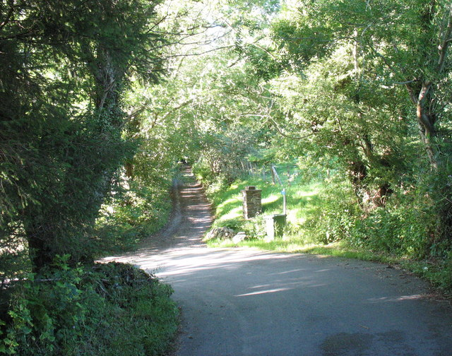 The hairpin bend on the hill above Cymer Abbey