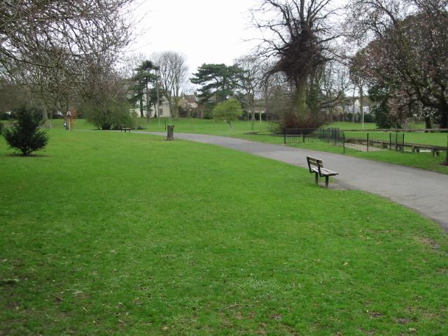 Path through Ellington Park, Ramsgate