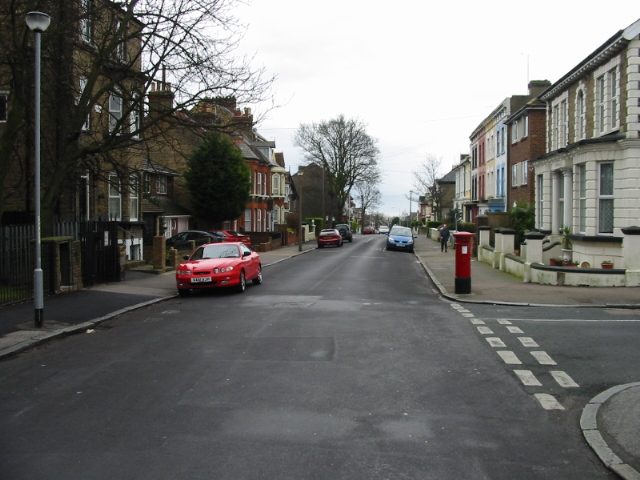 View along Ellington Road and junction with Picton Road