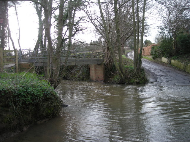 Footbridge at Cound Brook Ford