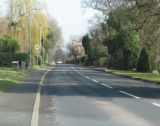 B4224  leaves Hereford, SE to Hampton Bishop