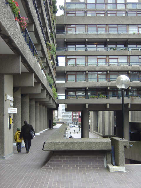 Barbican, White Lyon Court