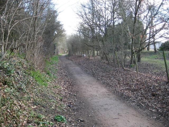 Hertingfordbury: Former Hertford to Welwyn railway