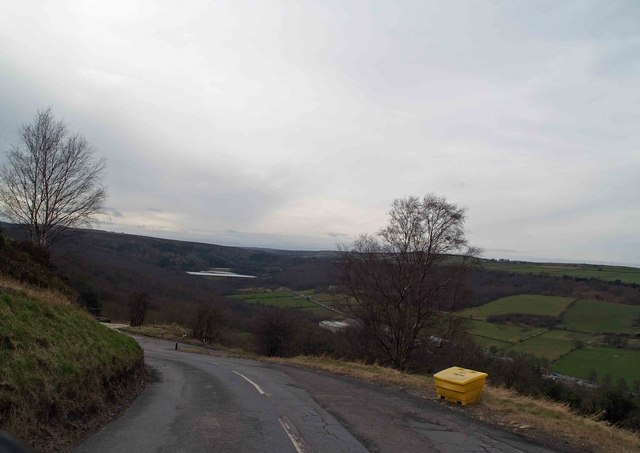 Hairpin bends down to Rivelin Valley from Lodge Moor