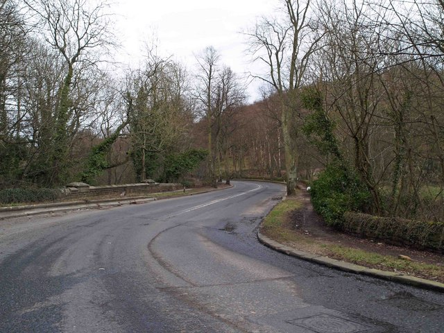 Around the bends on Rivelin Valley Road