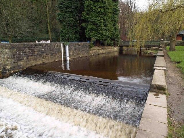 Weir in Rivelin Valley Park