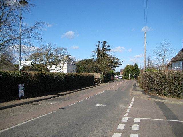 Essendon: B158 High Road