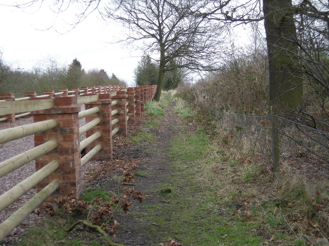Path past Oldpark Farm