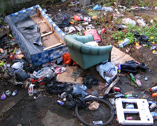 Rubbish, North Circular Road