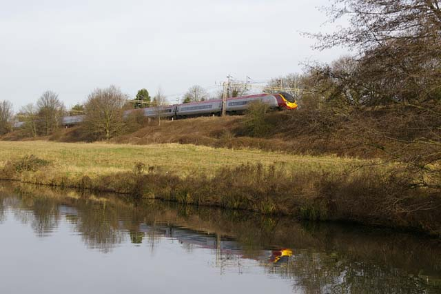 Kings Langley, Pendolino heading north