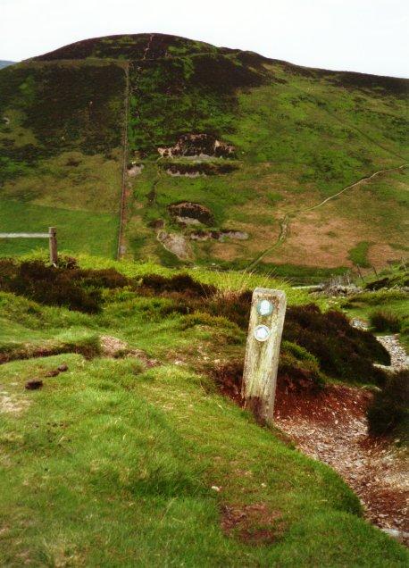 Towards Moel Arthur