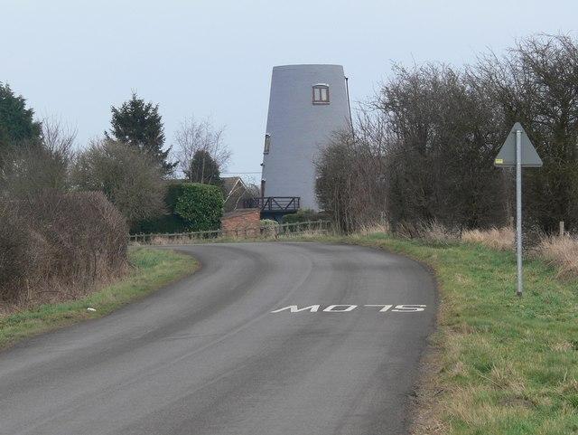 Converted windmill near Gilmorton