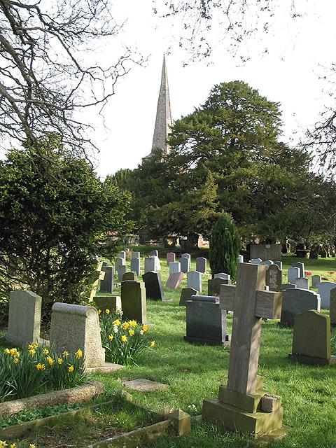 Churchyard, St. John the Baptist, Lea