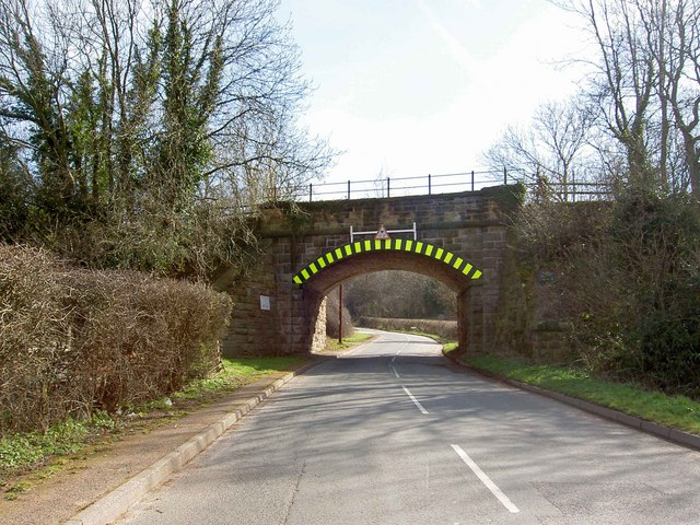 Low rail bridge