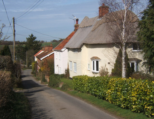 Cottages by Swingleton Hill lane