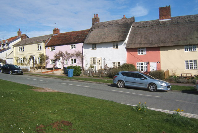 Row of cottages, Monks Eleigh