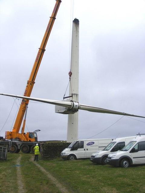 Dismantling a wind turbine at Chelker Reservoir (3)
