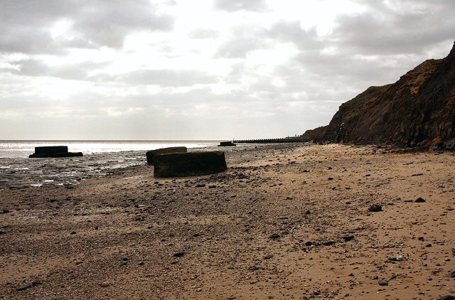 Beach below Walton cliffs