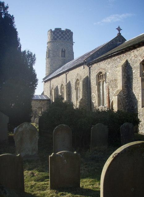 Haddiscoe Churchyard