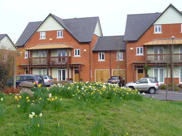 Link-detached Housing, Queen Elizabeth Park