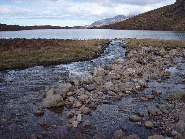 Abhainn Loch na h-Oidhche just about to enter Loch Garbhaig