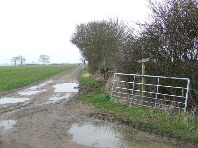 Muddy track to Magna Farm