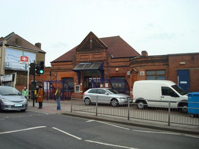 Tooting Railway Station