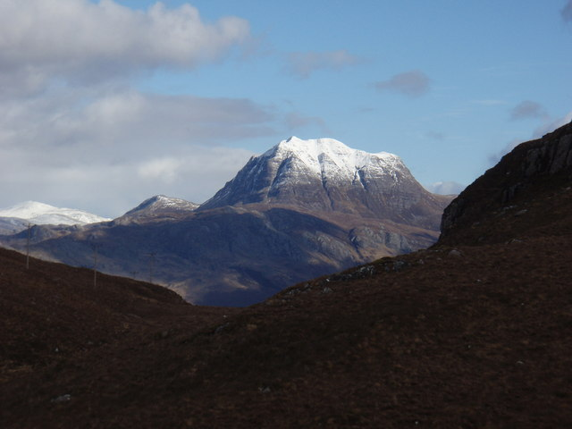 Through the gap to Slioch